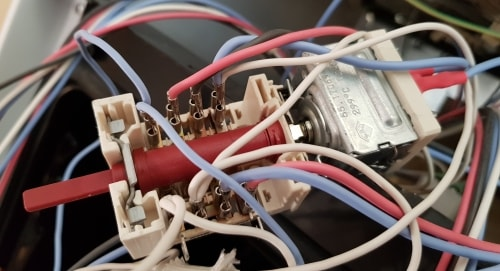prepínač rúy Amica s termostatom